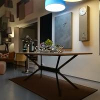 Stůl s podnoží X.